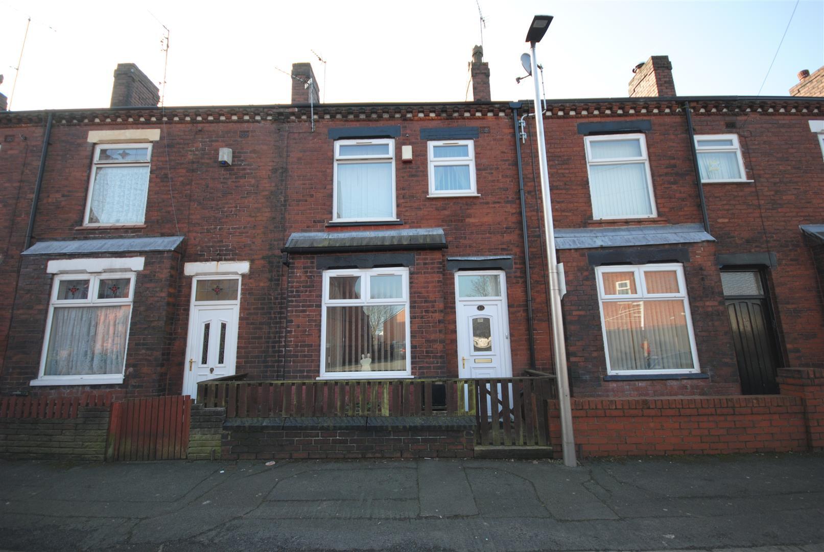 2 Bedrooms Terraced House for sale in Church Road, Platt Bridge, Wigan.